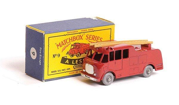 1014: Matchbox No.9c Merryweather Marquis Fire Engine