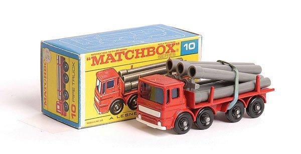 1019: Matchbox No.10d Leyland Pipe Truck