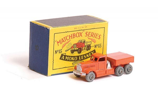1024: Matchbox No.15a Diamond T Prime Mover