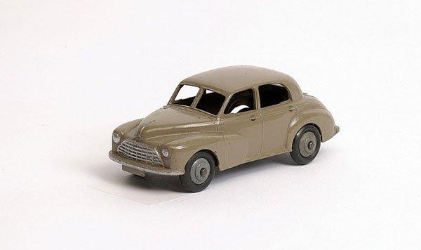 3009: Dinky - No.40G Morris Oxford