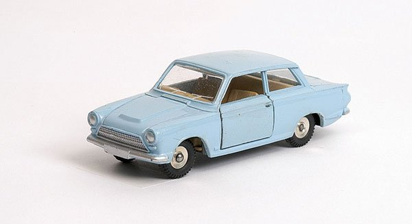 3014: Dinky - No.139 Ford Cortina