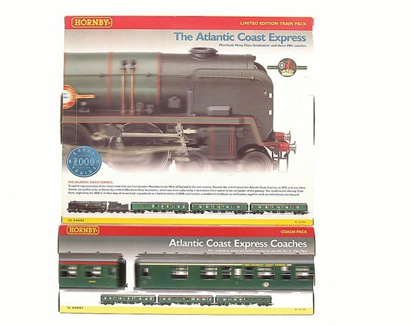 "4003: Hornby R2194 ""Atlantic Coast Express"" Train Pack"