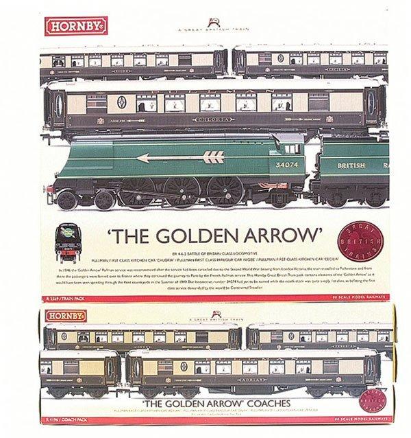 "4004: Hornby R2369 ""The Golden Arrow"" Train Pack"