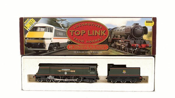 """4009: Hornby R646 4-6-2 No.34085 """"501 Squadron"""""""