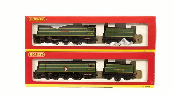 4020: Hornby - 2 x 4-6-0 West Country Class Locos