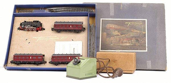4205: HO Fleischmann Suburban Passenger Train Set