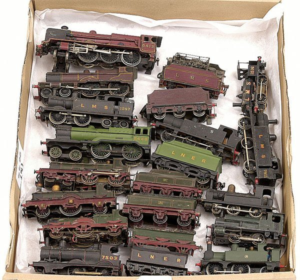 4426: A Group of  Kitbuilt Steam Outline Locomotives