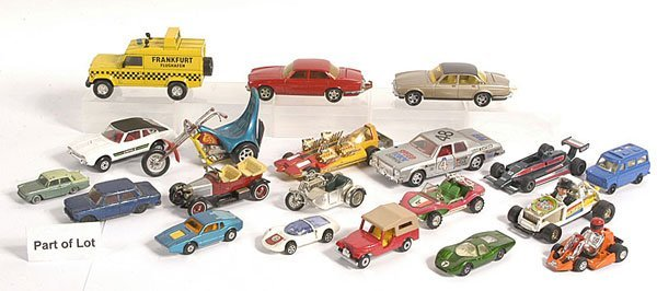 16: Matchbox - A Large Group of Unboxed Models