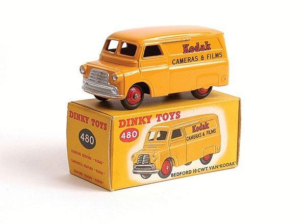 """1007: Dinky - No.480 Bedford Van """"Kodak"""""""