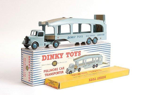 1021: Dinky No.582 Pullmore Car Transporter