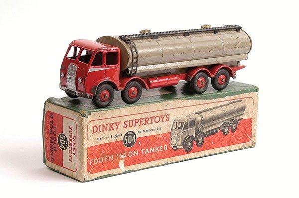 1022: Dinky No.504 Foden 14 Ton Tanker