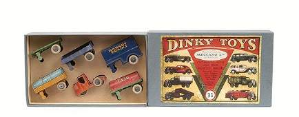1438: Dinky - No.33 Mechanical Horse and Trailer Set