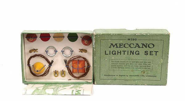 5005: Meccano Early 1930s Lighting Set