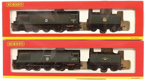 4008: Hornby - 2 x Battle of Britain Class Locos