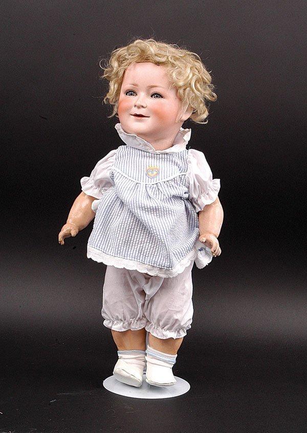 17: Schoenau & Hoffmeister Princess Elizabeth Doll