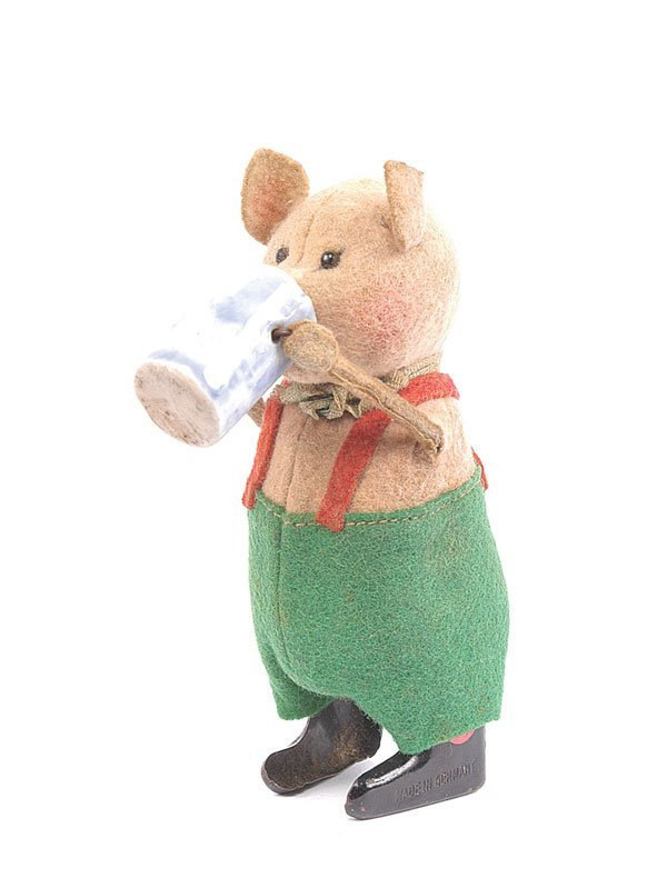 1022: Schuco - 980/6 Clockwork Pig with Beer Stein