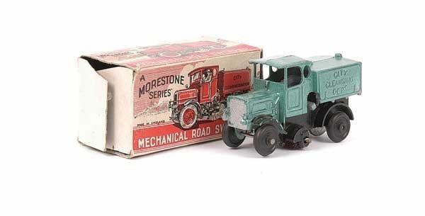 2019: Morestone Clockwork Mechanical Roadsweeper