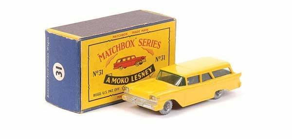 2336: Matchbox No.31b Ford Fairlane Station Wagon