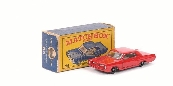 3024: Matchbox No.22c Pontiac GP Coupe