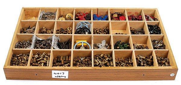4017: Meccano - A Quantity of Small Components