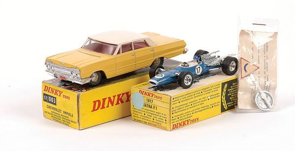1013: French Dinky Chevrolet & Racing Car