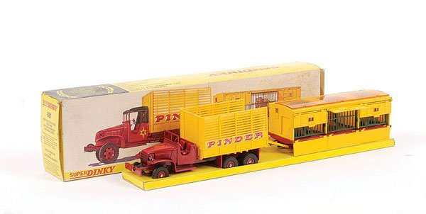1019: French Dinky No.881 Jean Pinder GMC Truck