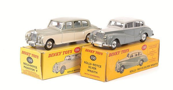 2022: Dinky - a pair of Rolls Royce's.