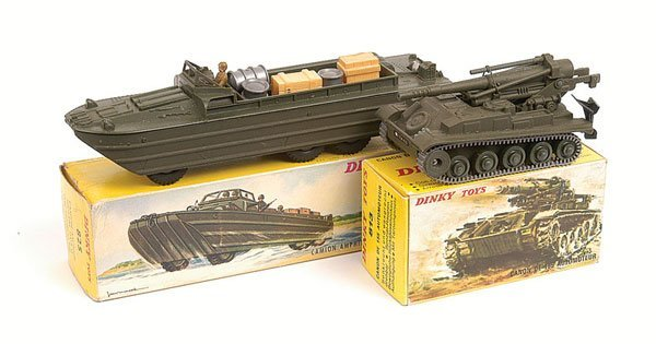 23: French Dinky DUKW and Cannon