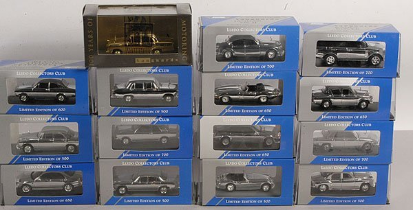 606: Vanguards Chrome Plated Collectors Club Cars