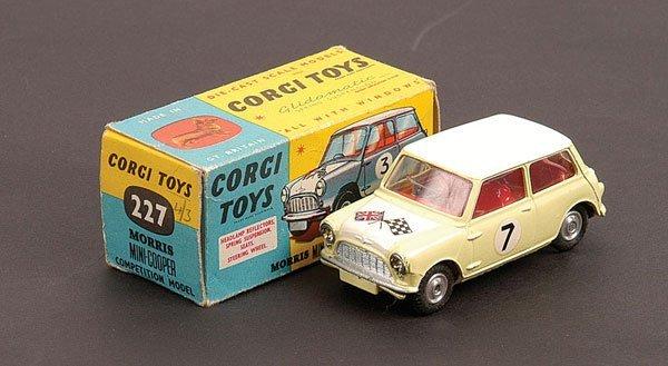 1016: Corgi - No.227 Morris Mini Cooper