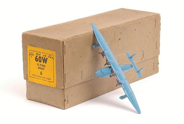 1323: Dinky - No.60W Flying Boat Trade Box