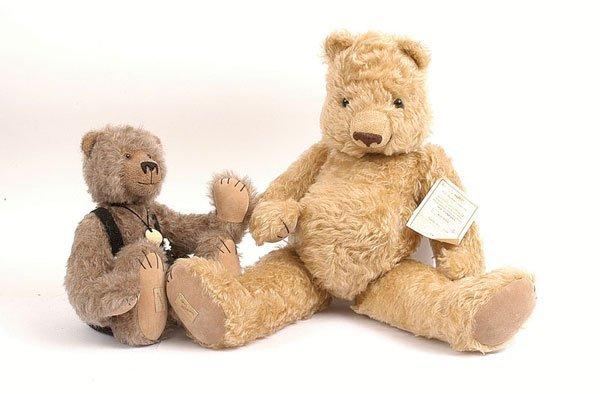 3006: Deans Rag Book 2 x Artists Showcase Teddy bears