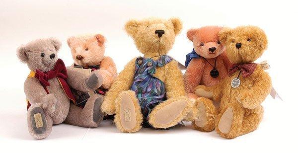 3019: Dean's Rag Book - Five teddy Bears