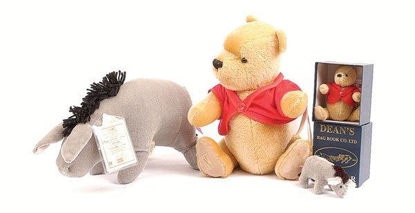 3024: Dean's Rag Book Winnie the Pooh