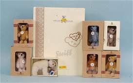 3323: Steiff - Seven Club Membership Bears