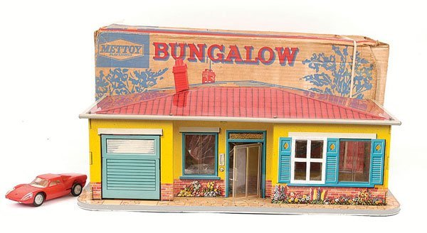 3822: Mettoy Playthings Tinplate Bungalow