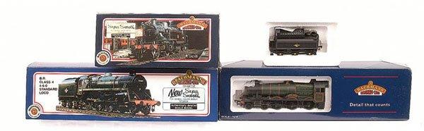 4006: OO Gauge Bachmann - 3 x BR Steam Locos