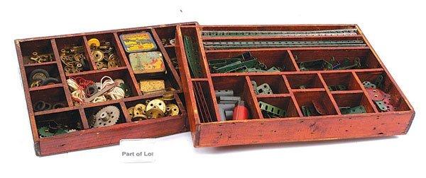17: Meccano - A Quantity of Late 1920s Components
