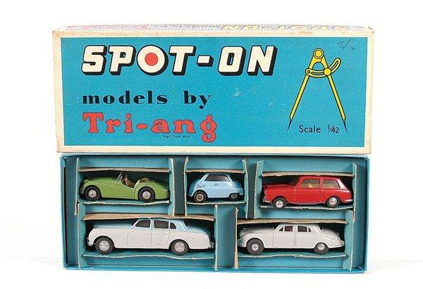 1013: Spot-on Presentation Set A