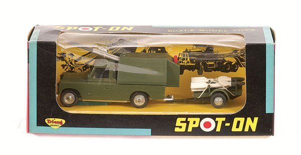 1021: Spot-on No.419 Land Rover with Missile Carrier