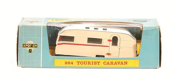 1022: Spot-on No.264 Tourist Caravan