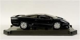 Maisto 1/18 scale Jaguar XJ220