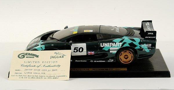 """4009: Maisto 1/18 Jaguar XJ220 """"1993 Le Mans"""""""