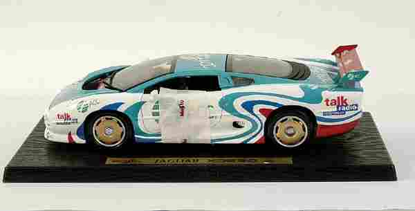 "Maisto 1/18 scale Jaguar XJ220 ""ACC"""