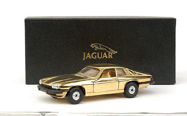 4023: Corgi Jaguar XJS