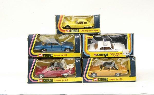 4024: Corgi - a group of 5 Jaguars