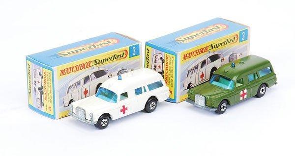 1010: Matchbox Superfast - 2 x No.3 Mercedes Ambulance