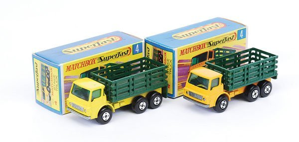 1012: Matchbox Superfast - 2 x No.4 Dodge Stake Truck
