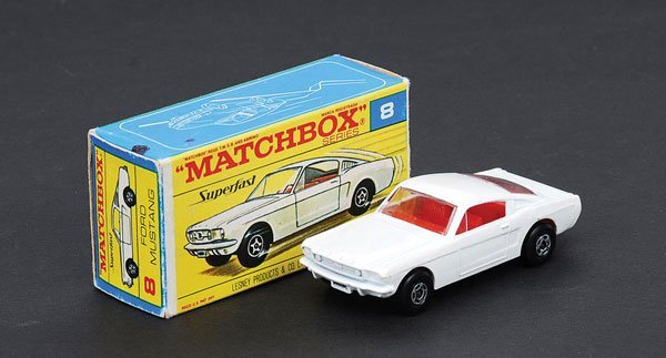1020: Matchbox Superfast - No.8 Ford Mustang