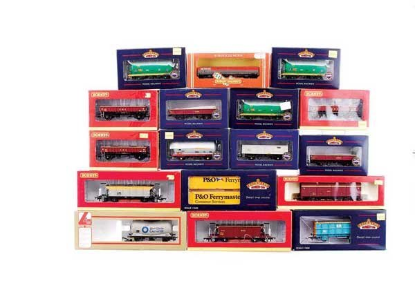 4009: OO Gauge - A Group of Goods Rolling Stock